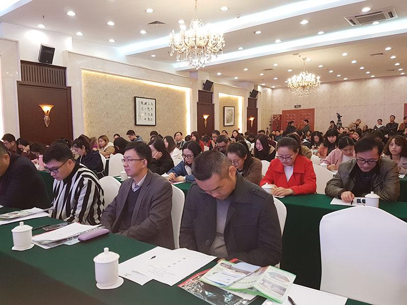 Die Teilnehmer des Vortrags